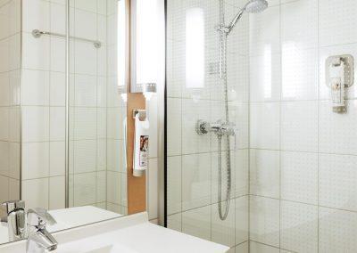 ibis Hotel Rotterdam Vlaardingen Badezimmer